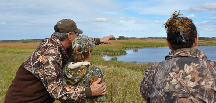 How to Hunt Ducks from a Canoe, Kayak, or Johnboat - Jaime Bonet