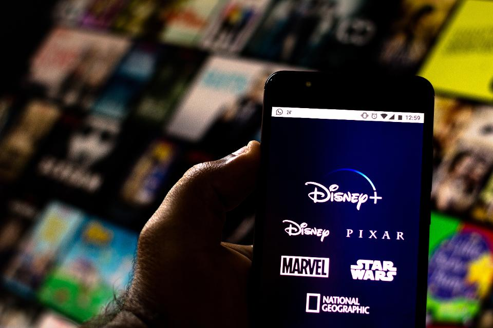 Disney Says Disney Plus Has Over 10 Million Sign-Ups One Day After Launch - Jaime Bonetti Zeller